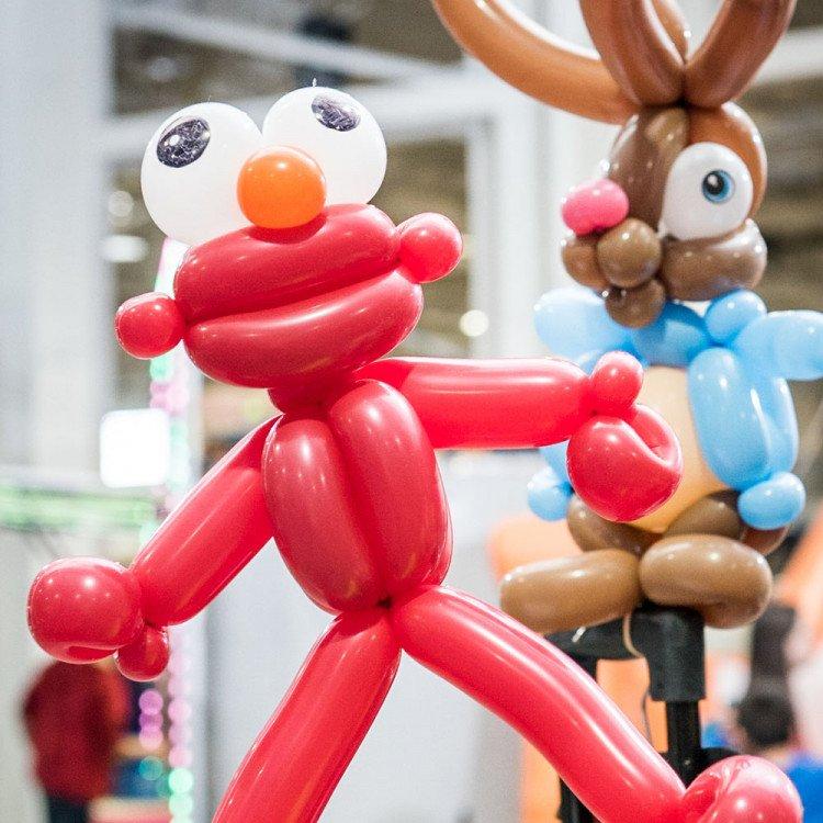 0007 65 VEN LuxeFamilyDay2018 EX LR WM LL6 2688 1617723565 big Balloon Artist
